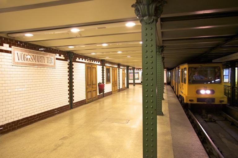 Honnan származik a metrócsempe kifejezés?
